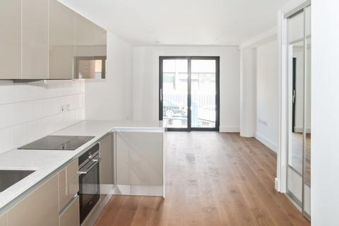 Studio to rent - Westworth House, The Kingsley, Hammersmith W6
