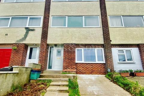 3 bedroom terraced house to rent - Walden Grange Close, Newport, Newport. NP19 8AZ