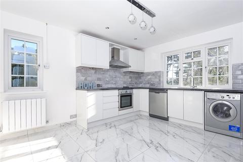3 bedroom flat to rent - Cheniston Court, Ridgemount Road, Sunningdale, Berkshire, SL5