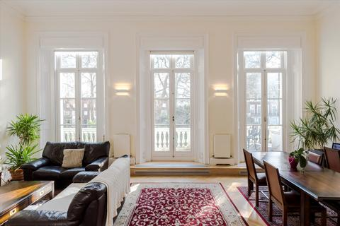 2 bedroom flat for sale - Hyde Park Square, London, W2