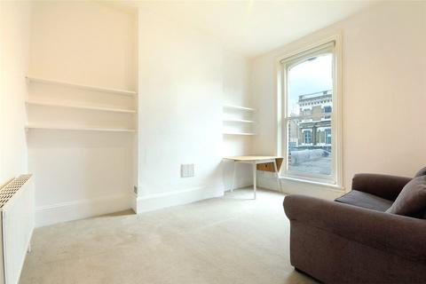 2 bedroom house to rent - Lavender Hill, London, SW11