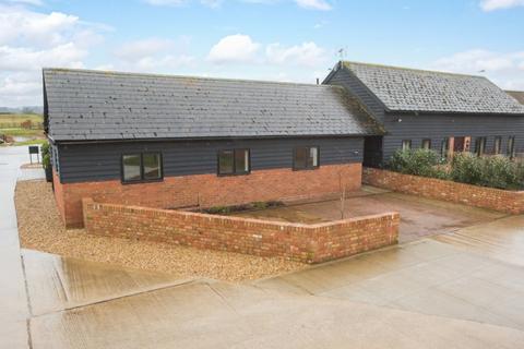 1 bedroom end of terrace house to rent - Ladymead Farm, Quainton, Aylesbury, Buckinghamshire, HP22