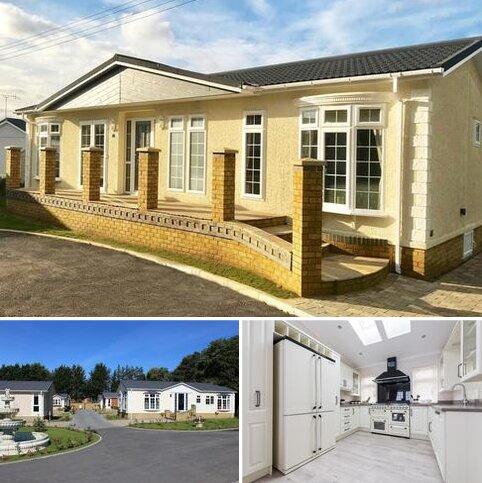 2 bedroom park home for sale - Bordon, Hampshire, GU35