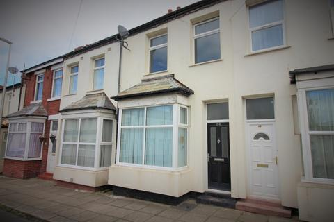 3 bedroom terraced house to rent - Woolman Road, Blackpool, Lancashire, FY1