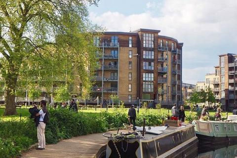 1 bedroom flat to rent - Lockwood House, Harry Zeital Way, London, E5