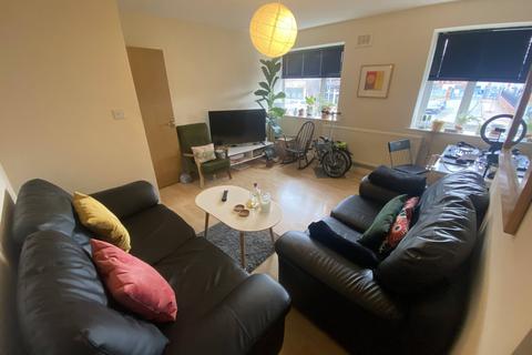 2 bedroom apartment to rent - Redmires Court, Eccles New Road,, Salford, M5 4US