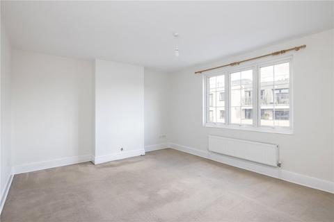 3 bedroom maisonette to rent - Amen Corner, London, SW17