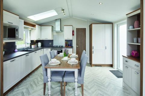 2 bedroom lodge for sale - Ribble Valley Country & Leisure Park, Lancashire, BB7 4JD