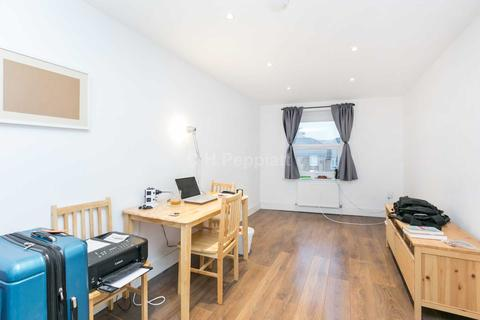 1 bedroom apartment to rent - Wightman Road, Turnpike Lane, N8