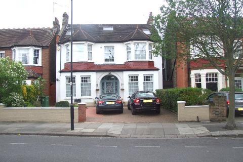 Studio to rent - Inglis Road, Ealing, London, W5