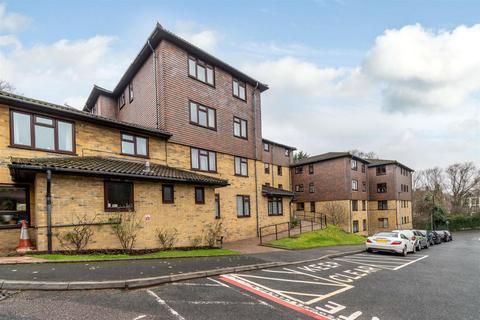 1 bedroom flat for sale - Green Bank Lodge, Forest Close, Chislehurst, BR7