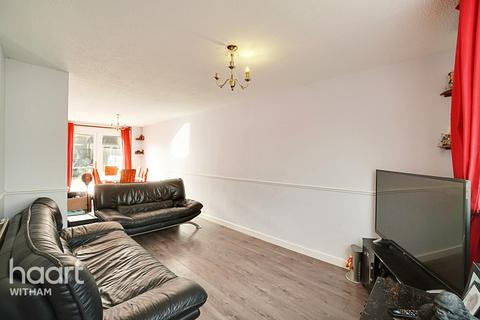 3 bedroom terraced house for sale - Sutor Close, Witham