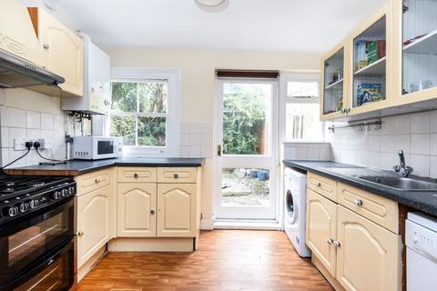 3 bedroom house to rent - Kenlor Road Tooting SW17