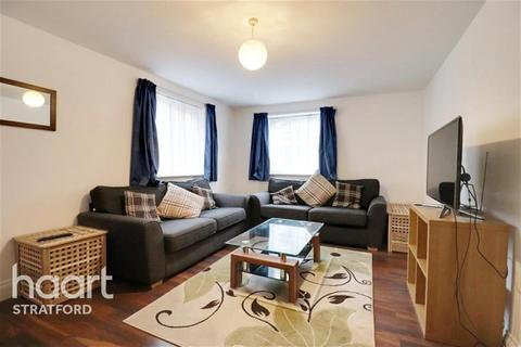 2 bedroom flat to rent - Otter Close, Stratford, E15