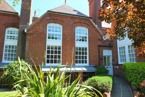 2 bedroom house for sale - Lewes Road, Lindfield, RH16