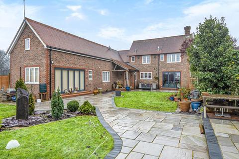 6 bedroom detached house for sale - Handcross Road, Lower Beeding, RH13