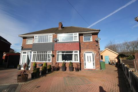 4 bedroom semi-detached house for sale - Eltham Drive Davyhulme
