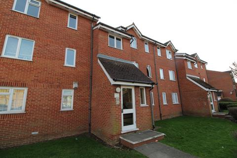 1 bedroom apartment to rent - Chaffinch Close, Edmonton, London, N9