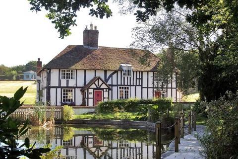 5 bedroom detached house to rent - Horsmonden Road, Brenchley, Tonbridge, Kent, TN12