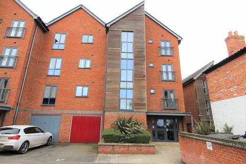 2 bedroom apartment to rent - The Wharf, Morton