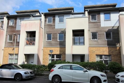 4 bedroom townhouse to rent - Stone Close, Poole