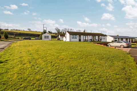 2 bedroom semi-detached bungalow for sale - Lakeside, Moelfre, Abergele