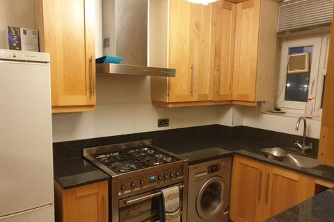 3 bedroom flat to rent - Frampton Park Road, Hackney, London E9