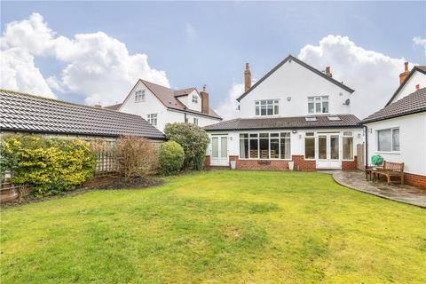 5 bedroom detached house for sale - Allerton Avenue, Leeds
