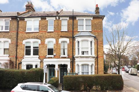 3 bedroom apartment for sale - Lancaster Road, Stroud Green, London