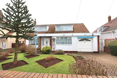 3 bedroom detached bungalow for sale - Sewerby Road, Bridlington