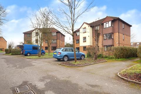 1 bedroom apartment for sale - Skipton Way, Horley, RH6
