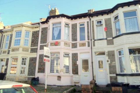 3 bedroom terraced house for sale - Sandringham Road, Brislington, Bristol