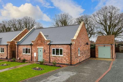 3 bedroom detached bungalow for sale - 5, The Gables, Hundleby, Spilsby PE23 5RD