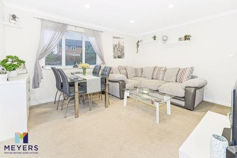 2 bedroom terraced house for sale - Shawford Road, Throop, BH8