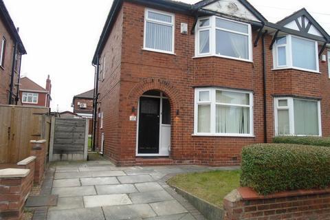 3 bedroom semi-detached house to rent - Alexandra Road, Eccles, Manchester