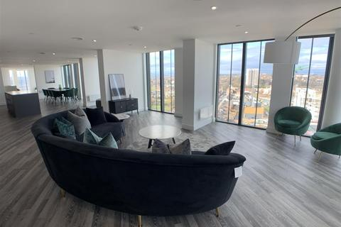 3 bedroom penthouse to rent - Hadrian's Tower, Rutherford Street, Newcastle Upon Tyne