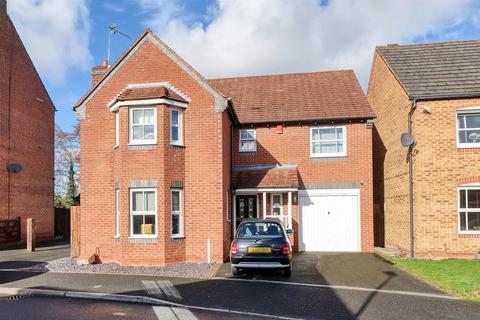 4 bedroom detached house for sale - Ovaldene Way, Trentham, Stoke-On-Trent