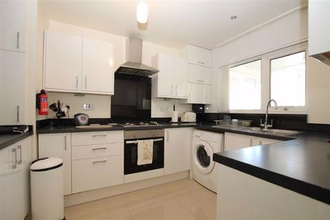 3 bedroom flat to rent - Hatherley House, Walthamstow