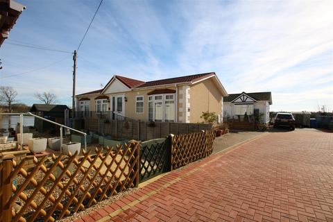 2 bedroom mobile home for sale - Lake View, Crouch Lane, Winkfield