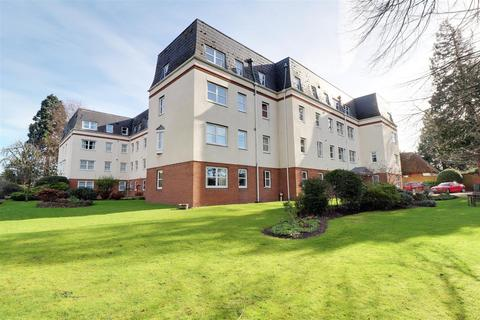 2 bedroom retirement property for sale - Moorend Park Road, Cheltenham