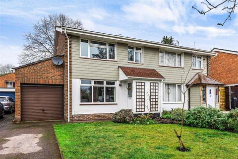 3 bedroom semi-detached house for sale - Ashdown Road, Hiltingbury, Chandlers Ford, Hampshire