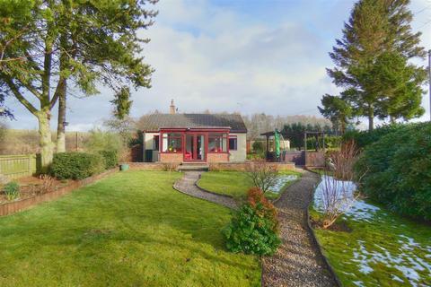 2 bedroom detached bungalow for sale - Middleton, Morpeth