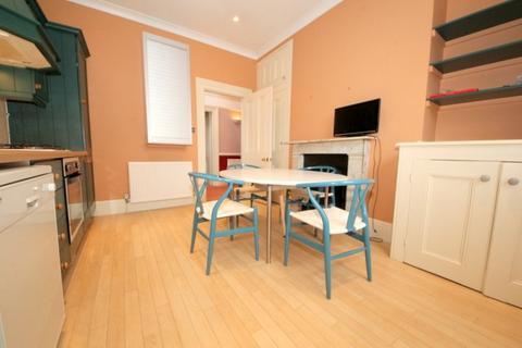 2 bedroom maisonette to rent - Vicars Moor Lane, London, N21