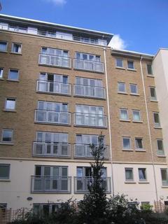 1 bedroom detached house to rent - 62 Hamilton Court1 Dighton St,Bristol