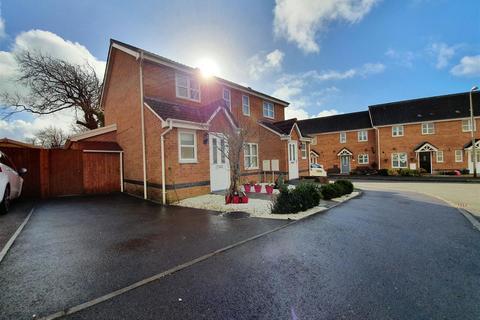 3 bedroom semi-detached house for sale - Leucarum Court, Loughor, SWANSEA
