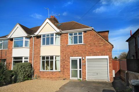 8 bedroom semi-detached house to rent - Gilbert Road, Cambridge
