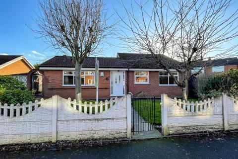 3 bedroom detached bungalow for sale - Cheltenham Drive, Newton Le Willows