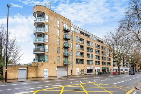 2 bedroom flat for sale - Chiswick High Road, Chiswick