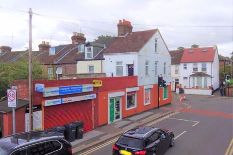 Retail property (high street) for sale - Biscot Road, Luton, LU3