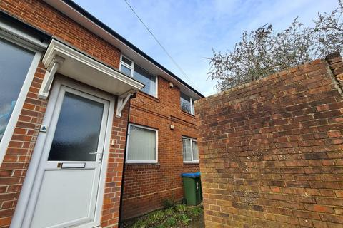 2 bedroom maisonette to rent - Westridge Road, Portswood, UNFURNISHED